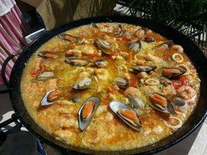 valencian-paella-887807_640